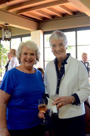 Darlene Amundsen,Wendy Clapp